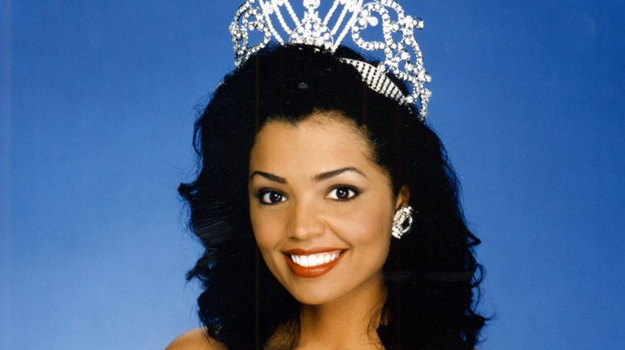 Chelsi Smith, Miss Universo 1995.