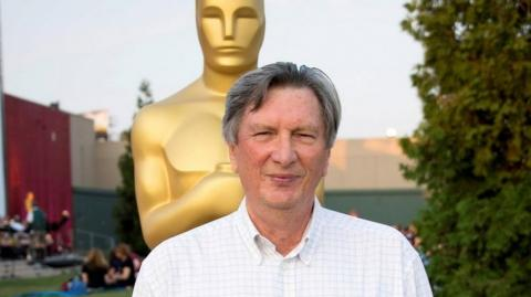 El presidente de la Academia de Hollywood, John Bailey.