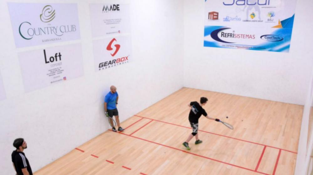 Canchas de raquetball del Country Club.