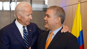 Joe Biden e Iván Duque.