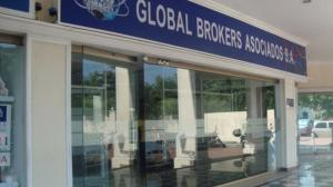 Fachada de Global Brokers Asociados.