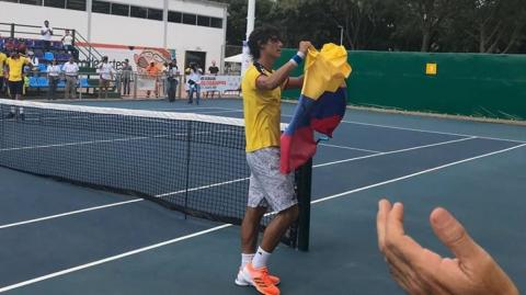 William Felipe Mantilla, oro en tenis.