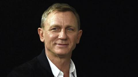Daniel Craig seguirá interpretando a James Bond.