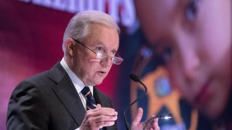 Jeff Sessions, Fiscal de Estados Unidos.