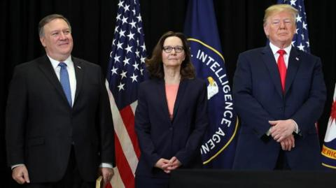 Mike Pompeo, Gina Haspel y Donald Trump.