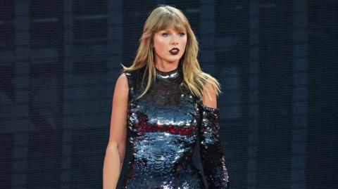 Taylo Swift, cantante.