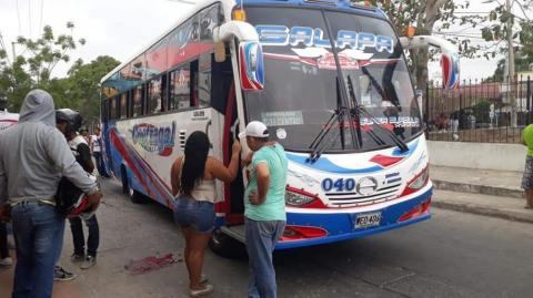 Bus implicado en el accidente.