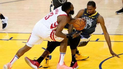 James Harden ante Kevin Durant.