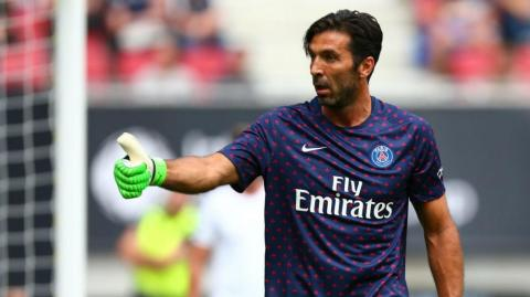 Gianluigi Buffon, arquero italiano.