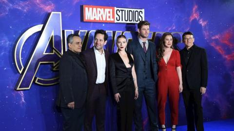 Joe Russo (director), Paul Rudd (Ant man), Scarlett Johansson (Black Widow), Chris Hemsworth (Thor), Trinh Tran (productora) y Joe Russo (director).