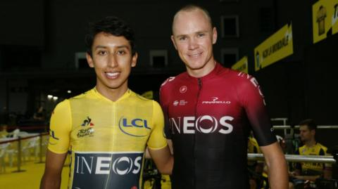 Egan Bernal y Chris Froome.